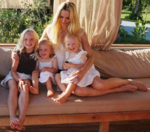 Julia und ihre Familie